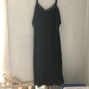 Vintage black nightie/slip